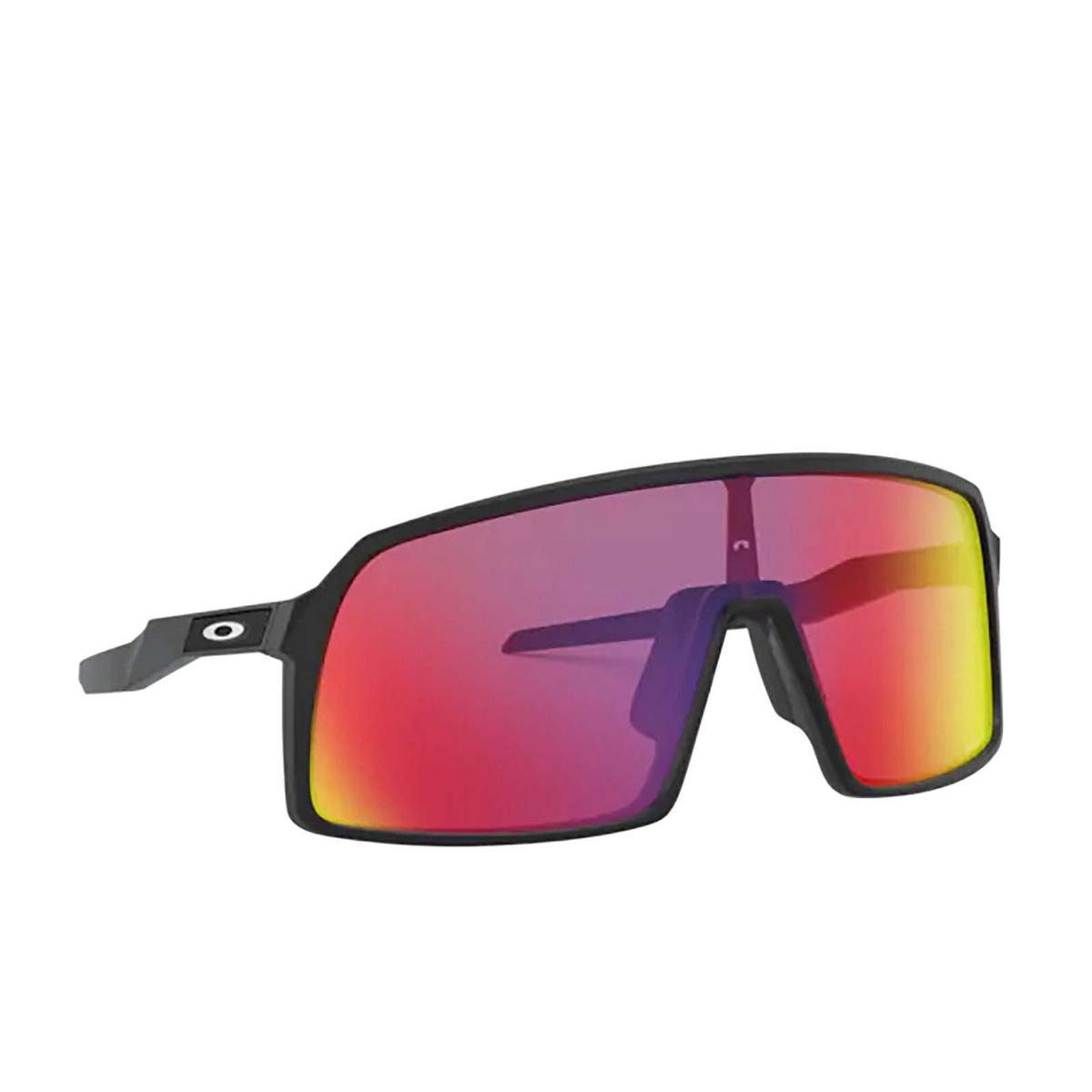 Oakley® Sport Sunglasses: Sutro OO9406 color Matte Black 940608 - three-quarters view.