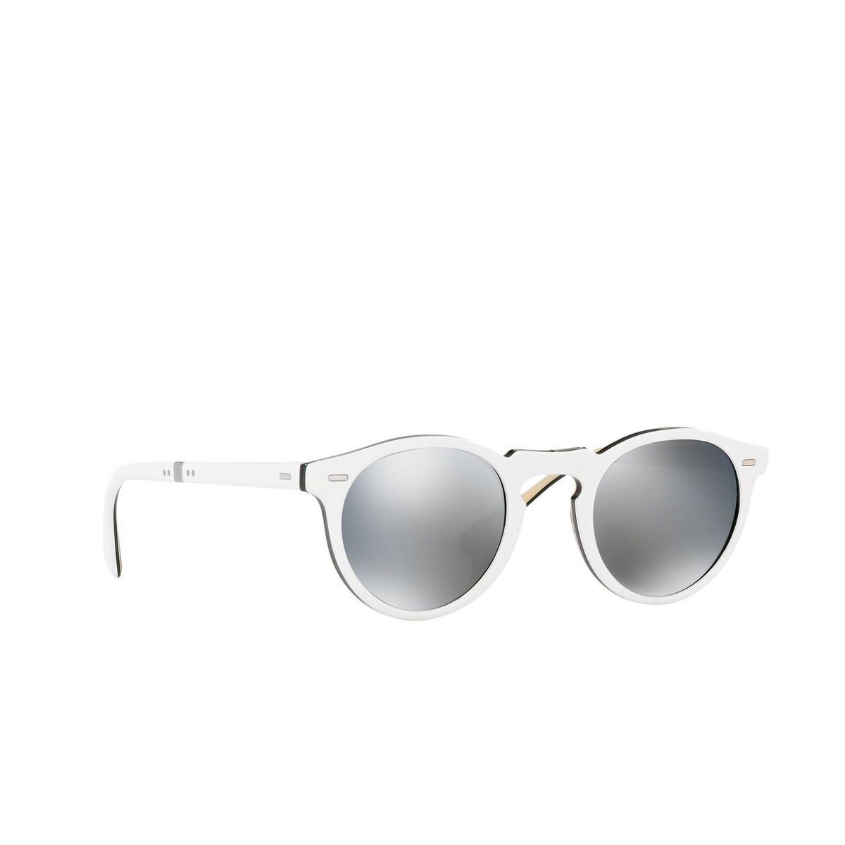 Oliver Peoples® Round Sunglasses: Gregory Peck 1962 OV5456SU color White 168740 - three-quarters view.