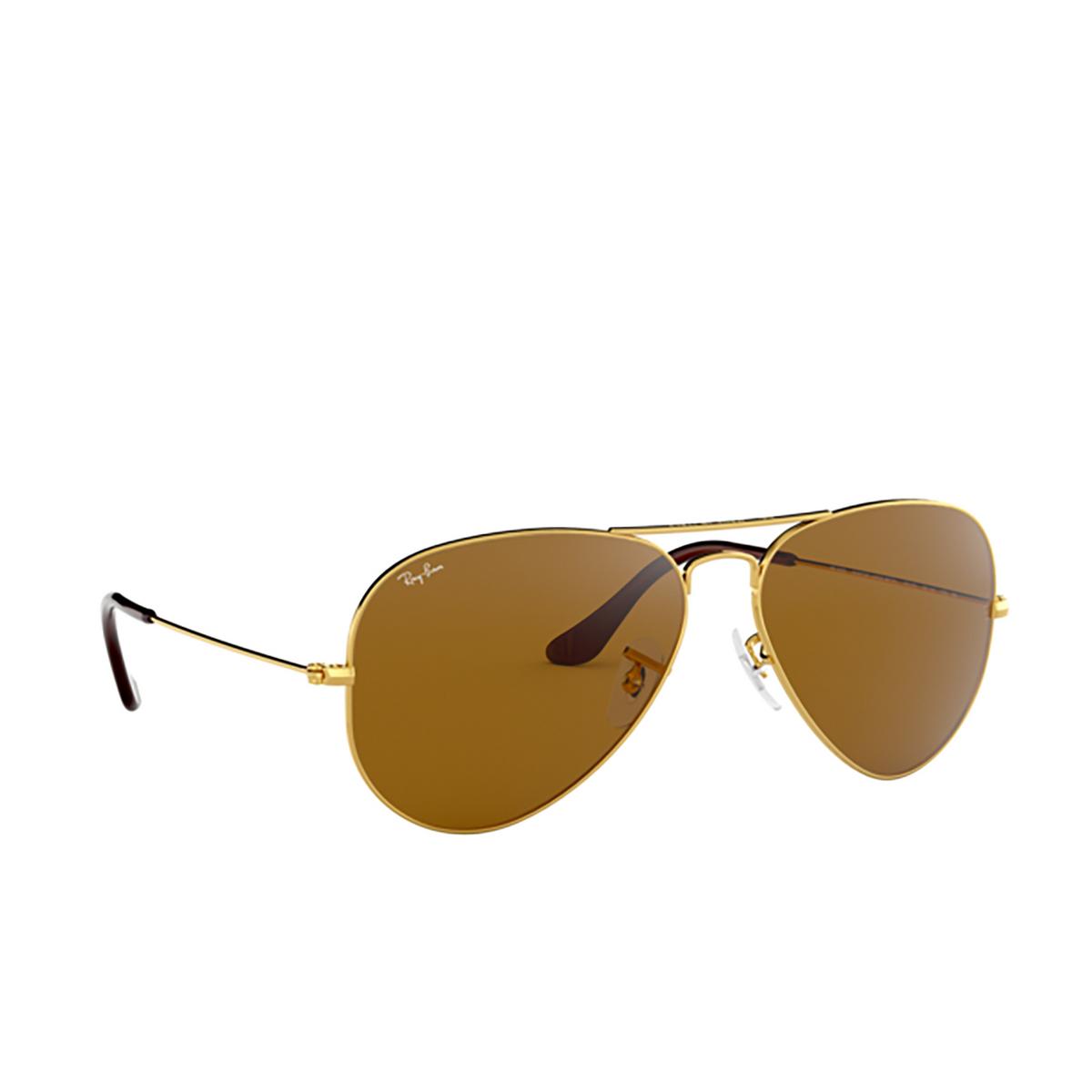 Ray-Ban® Aviator Sunglasses: Aviator Large Metal RB3025 color Arista 001/33 - three-quarters view.