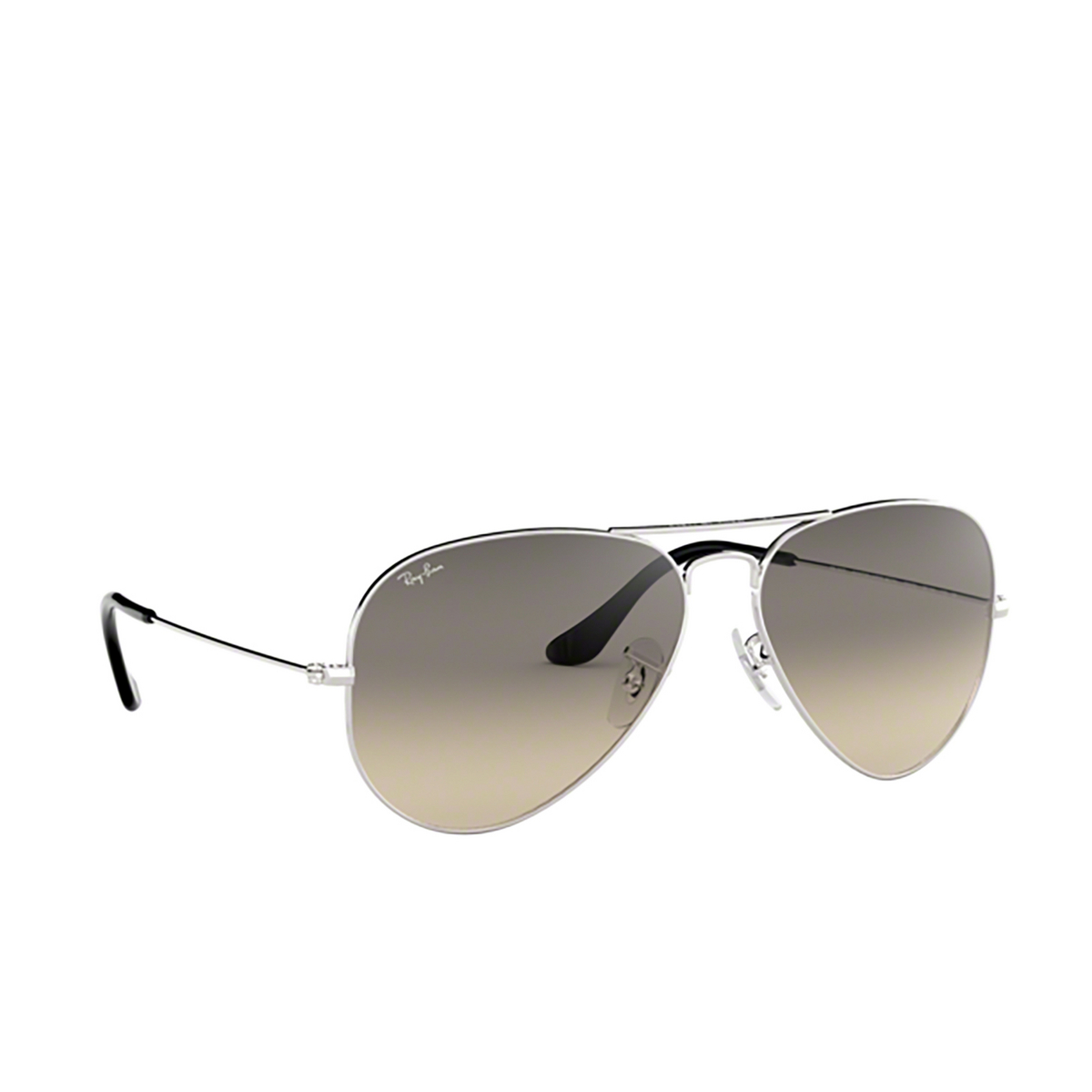 Ray-Ban® Aviator Sunglasses: Aviator Large Metal RB3025 color Silver 003/32 - three-quarters view.
