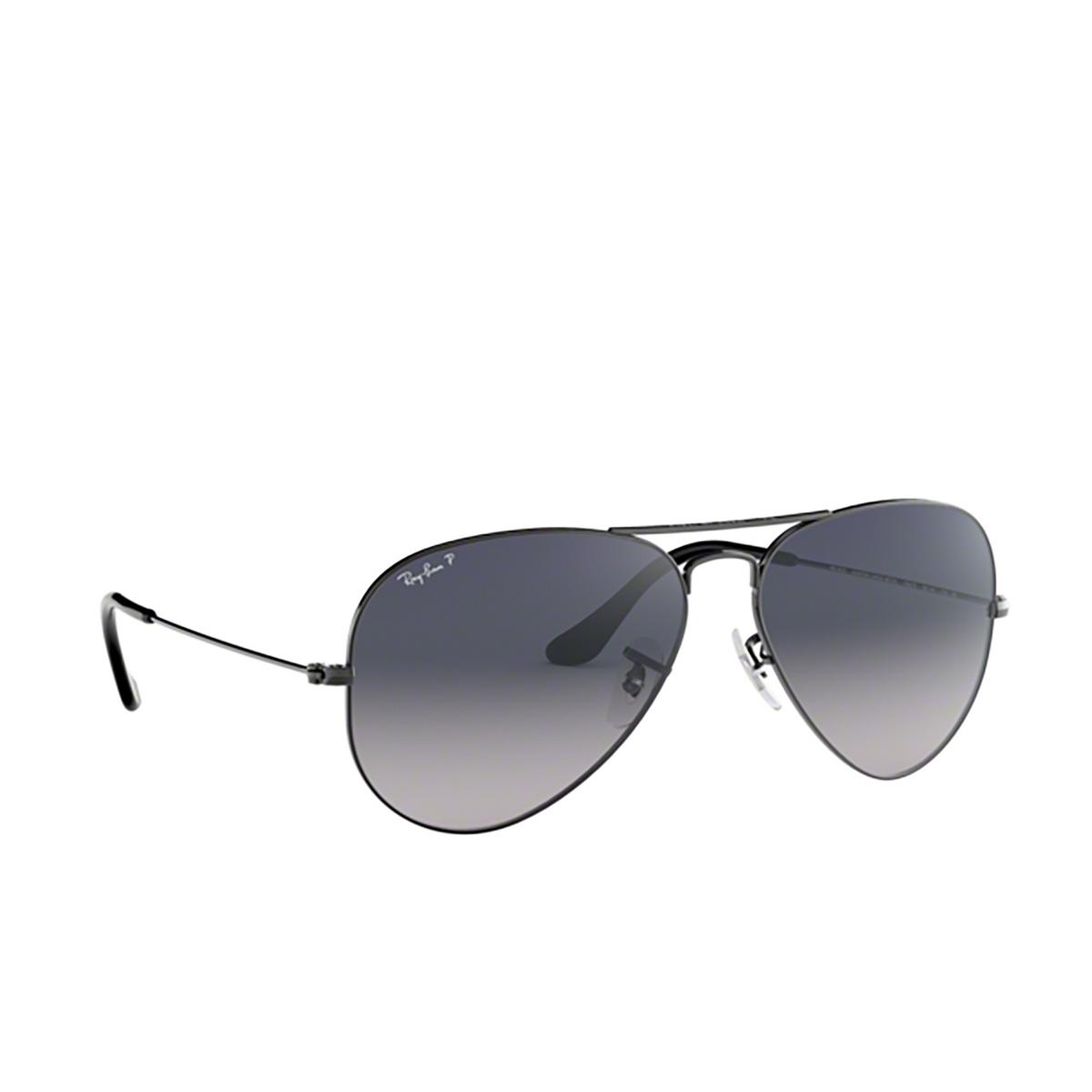 Ray-Ban® Aviator Sunglasses: Aviator Large Metal RB3025 color Gunmetal 004/78.
