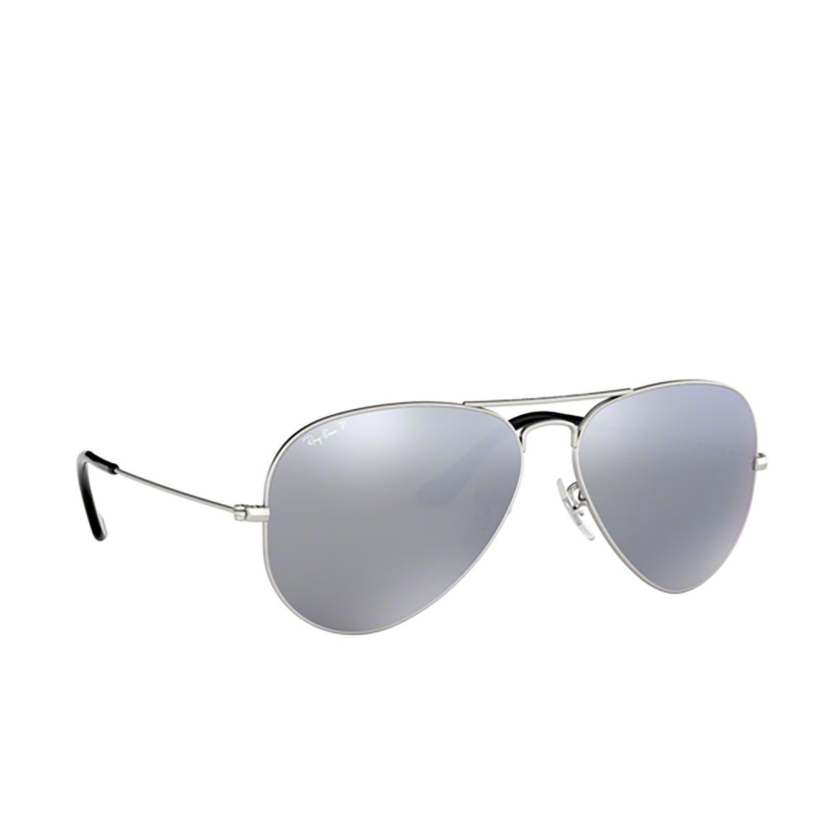 Ray-Ban® Aviator Sunglasses: Aviator Large Metal RB3025 color Matte Silver 019/W3 - three-quarters view.