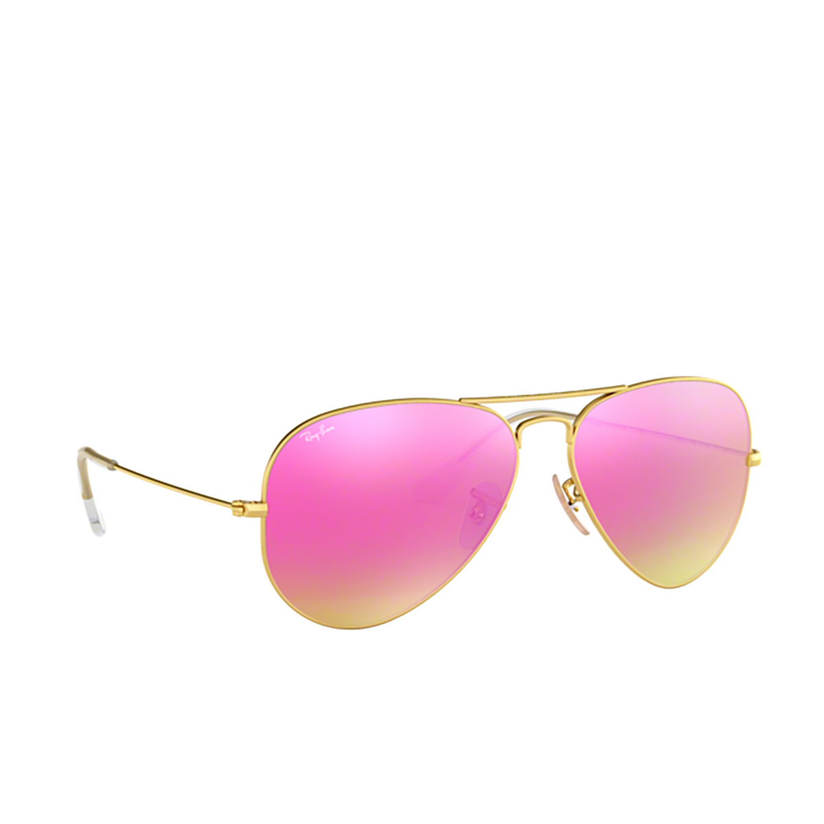 Ray-Ban® Aviator Sunglasses: Aviator Large Metal RB3025 color Matte Arista 112/4T - three-quarters view.