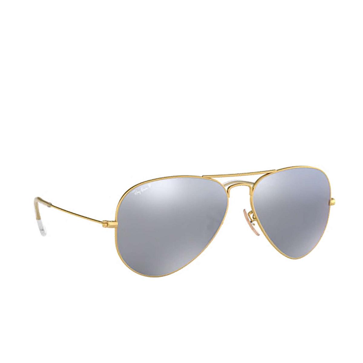 Ray-Ban® Aviator Sunglasses: Aviator Large Metal RB3025 color Matte Arista 112/W3 - three-quarters view.