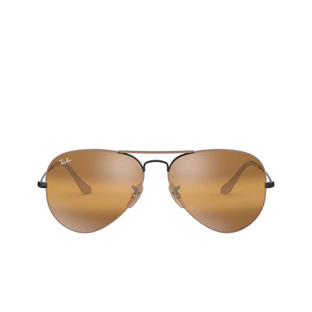 Ray-Ban® Aviator Sunglasses: Aviator Large Metal RB3025 color Matte Beige On Black 9153AG.