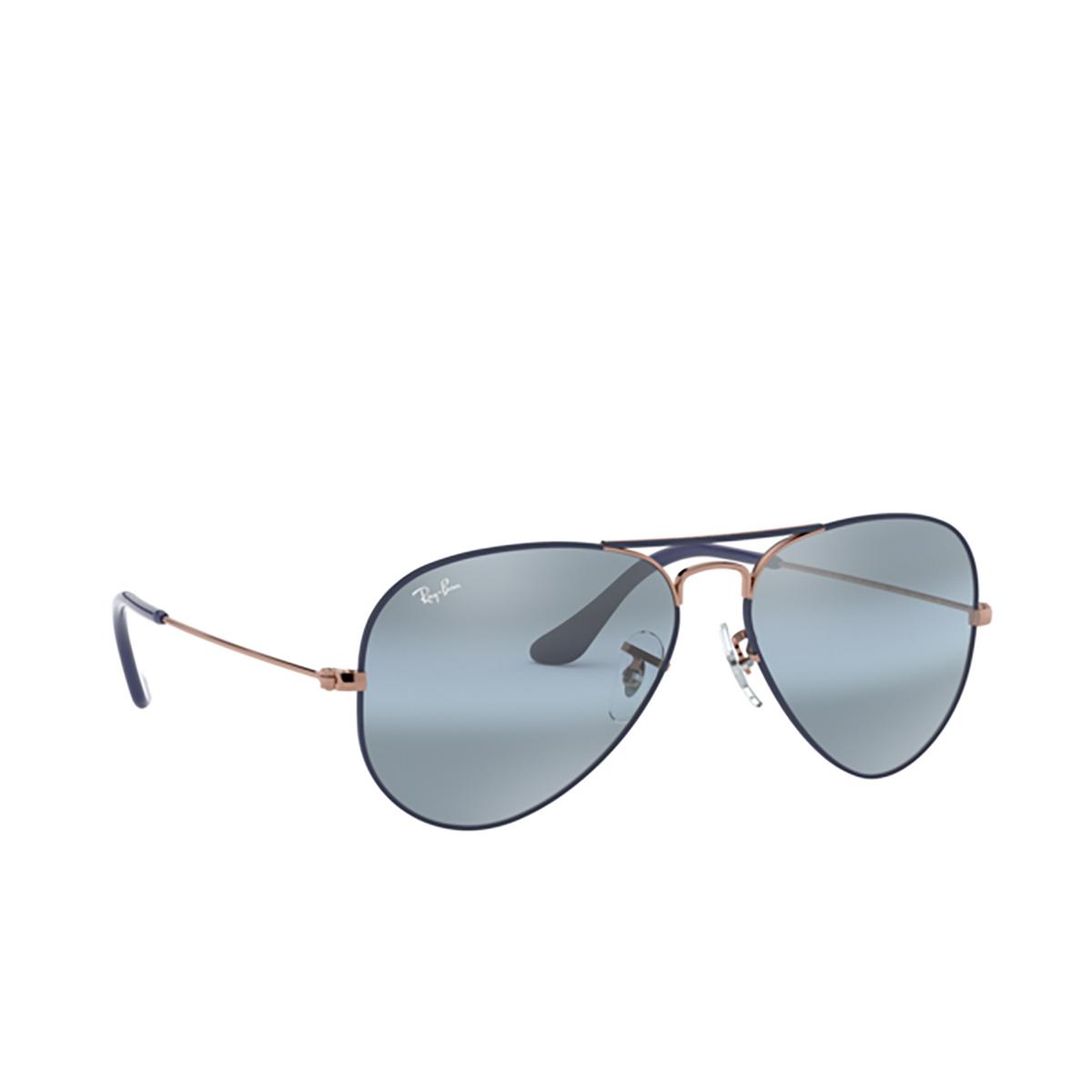 Ray-Ban® Aviator Sunglasses: Aviator Large Metal RB3025 color Matte Dark Blue On Copper 9156AJ.