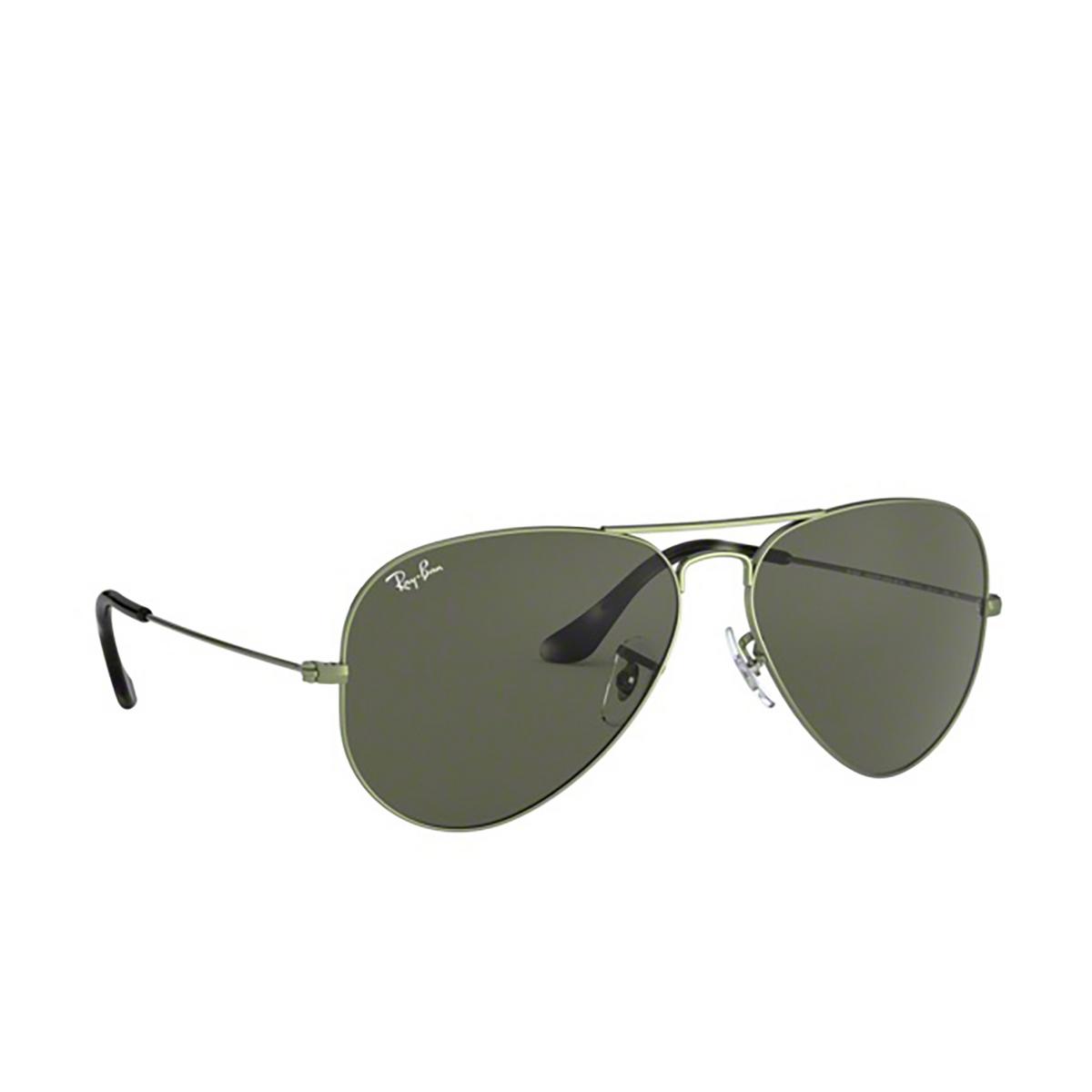 Ray-Ban® Aviator Sunglasses: Aviator Large Metal RB3025 color Sand Transparent Green 919131 - three-quarters view.
