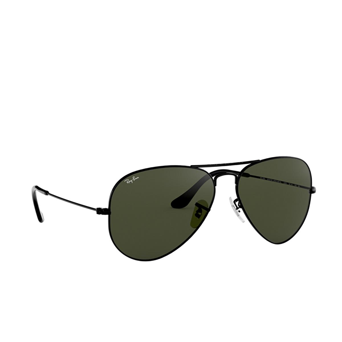Ray-Ban® Aviator Sunglasses: Aviator Large Metal RB3025 color Black L2823.