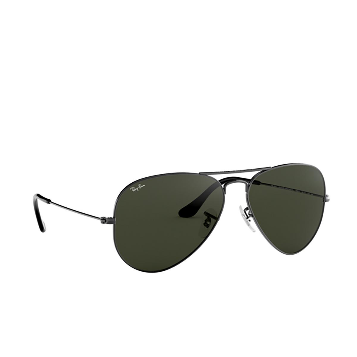 Ray-Ban® Aviator Sunglasses: Aviator Large Metal RB3025 color Gunmetal W0879.