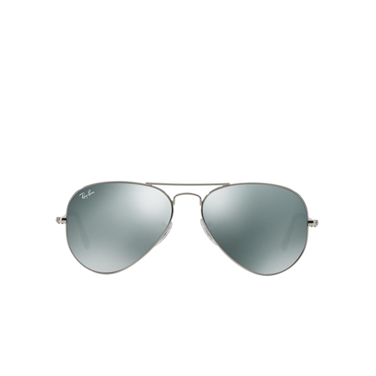 Ray-Ban® Aviator Sunglasses: Aviator Large Metal RB3025 color Silver W3275.