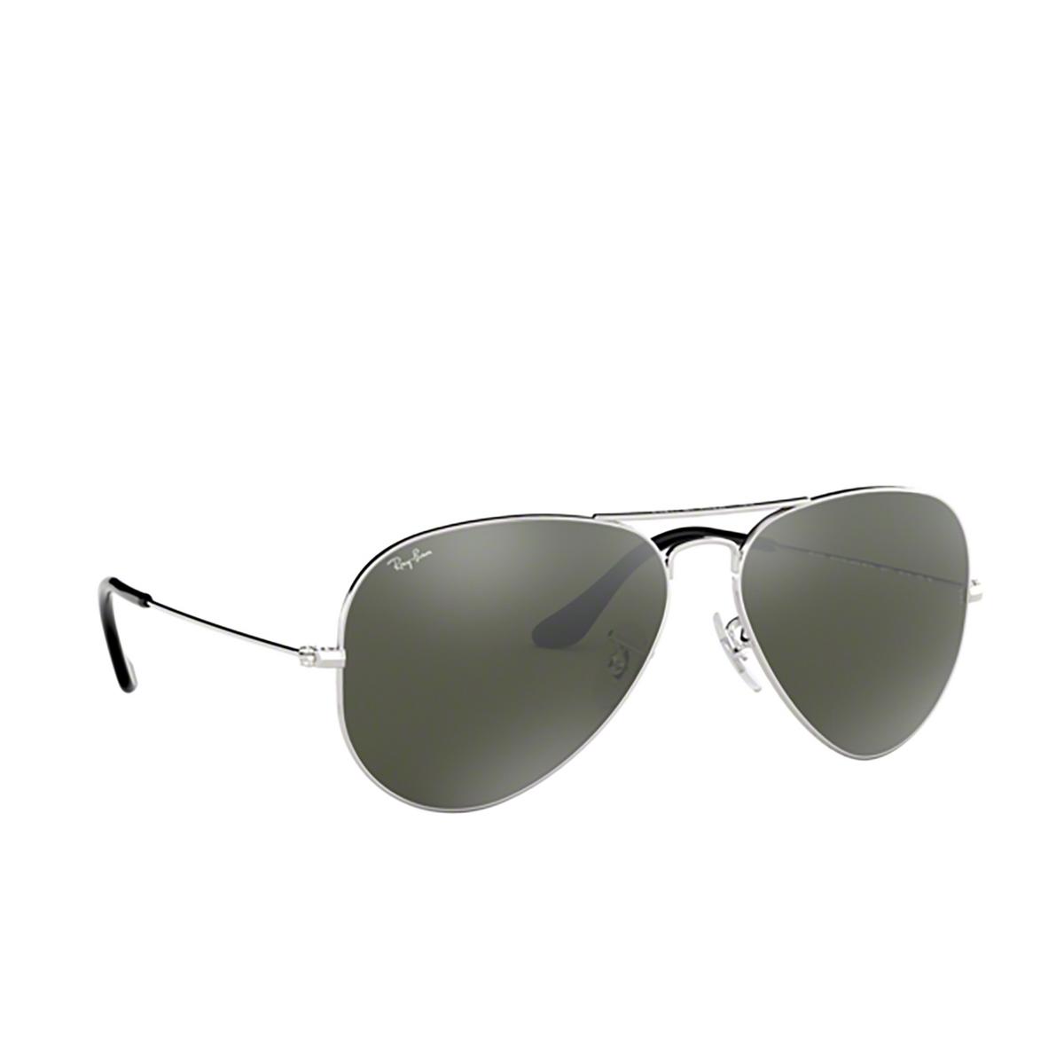 Ray-Ban® Aviator Sunglasses: Aviator Large Metal RB3025 color Silver W3277.