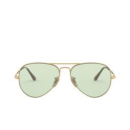 Ray-Ban® Sunglasses: Aviator Metal Ii RB3689 color Gold 001/T1.