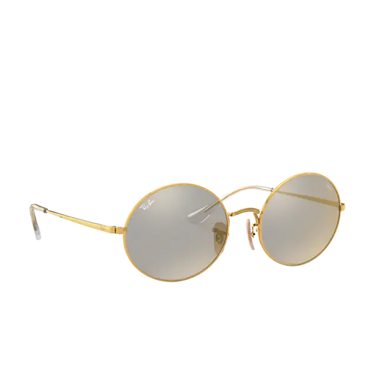 Ray-Ban® Oval Sunglasses: Oval RB1970 color Arista 001/B3 - three-quarters view.