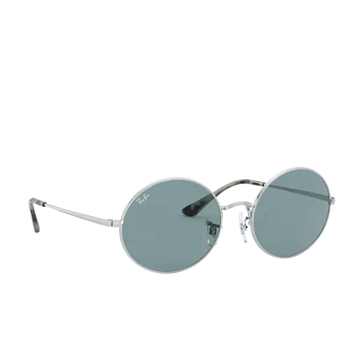 Ray-Ban® Oval Sunglasses: Oval RB1970 color Silver 919756 - three-quarters view.