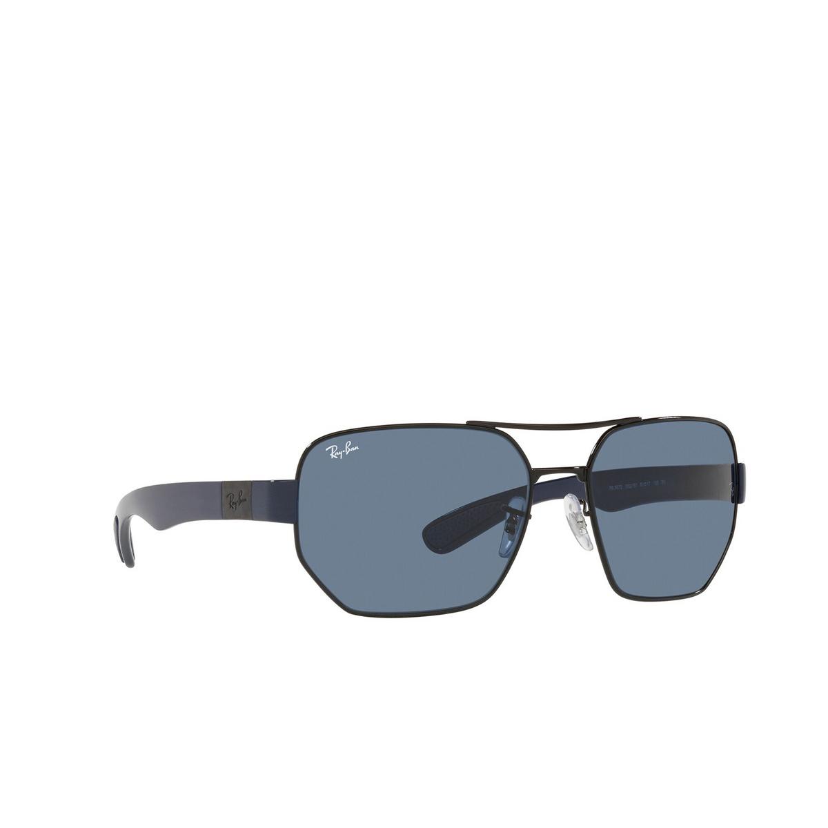 Ray-Ban® Irregular Sunglasses: RB3672 color Black 002/80 - three-quarters view.