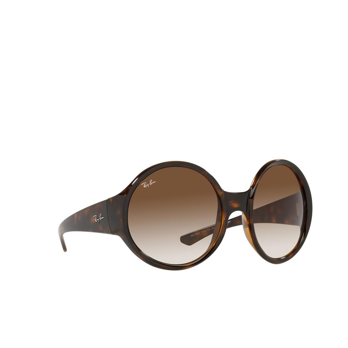 Ray-Ban® Round Sunglasses: RB4345 color Havana 710/13 - three-quarters view.