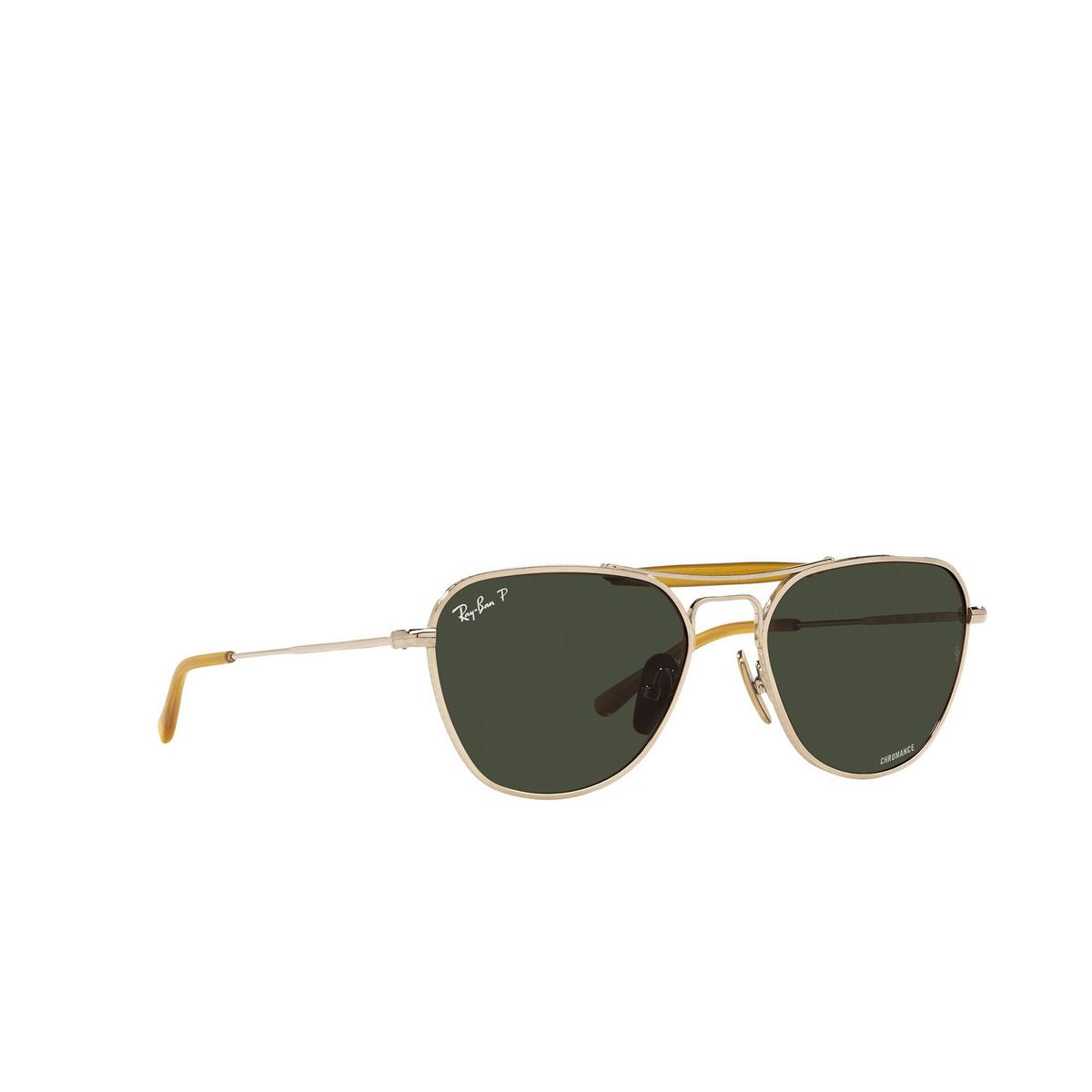 Ray-Ban® Irregular Sunglasses: RB8064 color Arista 9205P1 - three-quarters view.