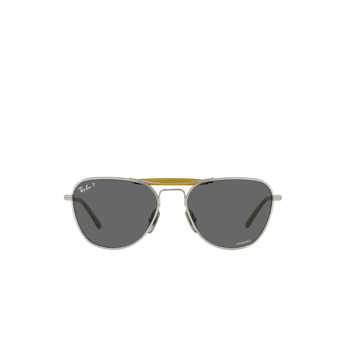Ray-Ban® Irregular Sunglasses: RB8064 color Brushed Silver 9206K8 - front view.