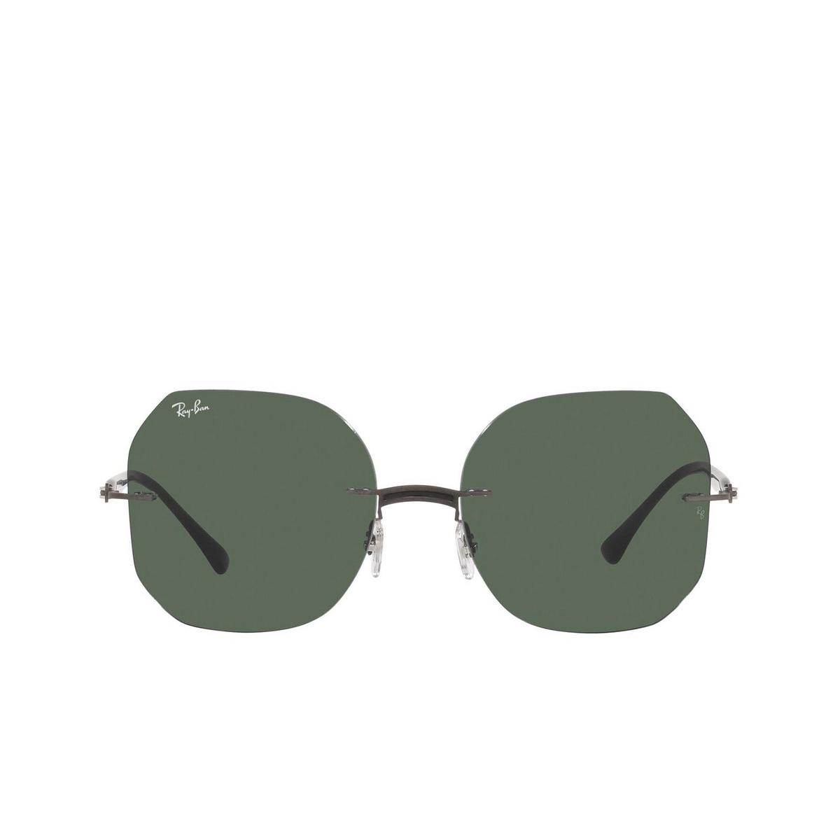 Ray-Ban® Irregular Sunglasses: RB8067 color Black On Sanding Gunmetal 154/71 - 1/3.