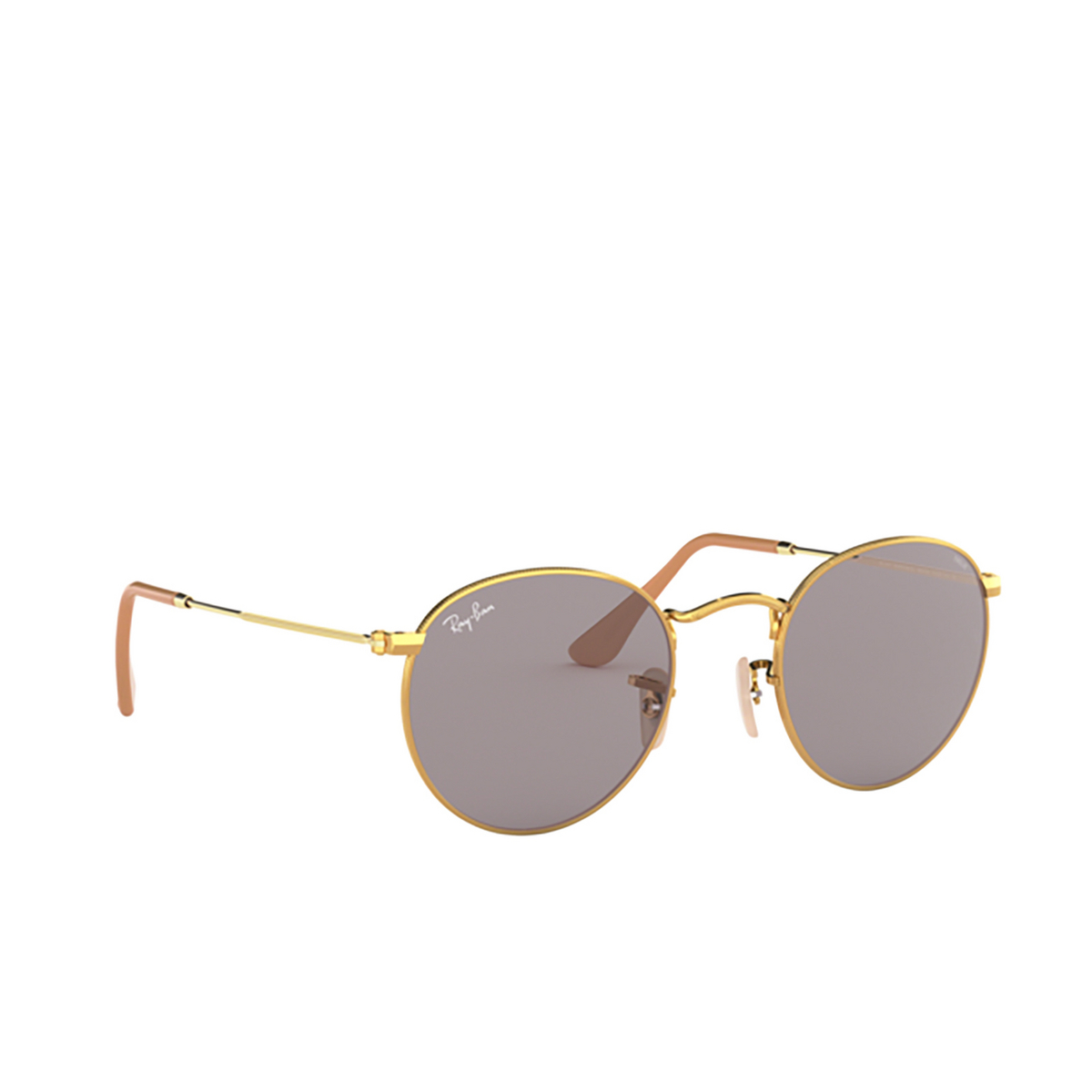 Ray-Ban® Round Sunglasses: Round Metal RB3447 color Arista 9064V8 - three-quarters view.