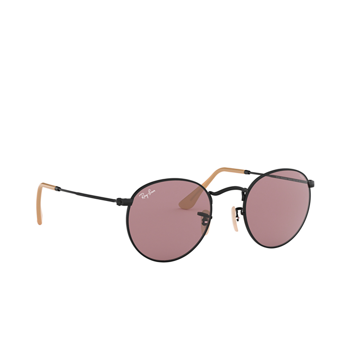 Ray-Ban® Round Sunglasses: Round Metal RB3447 color Black 9066Z0.