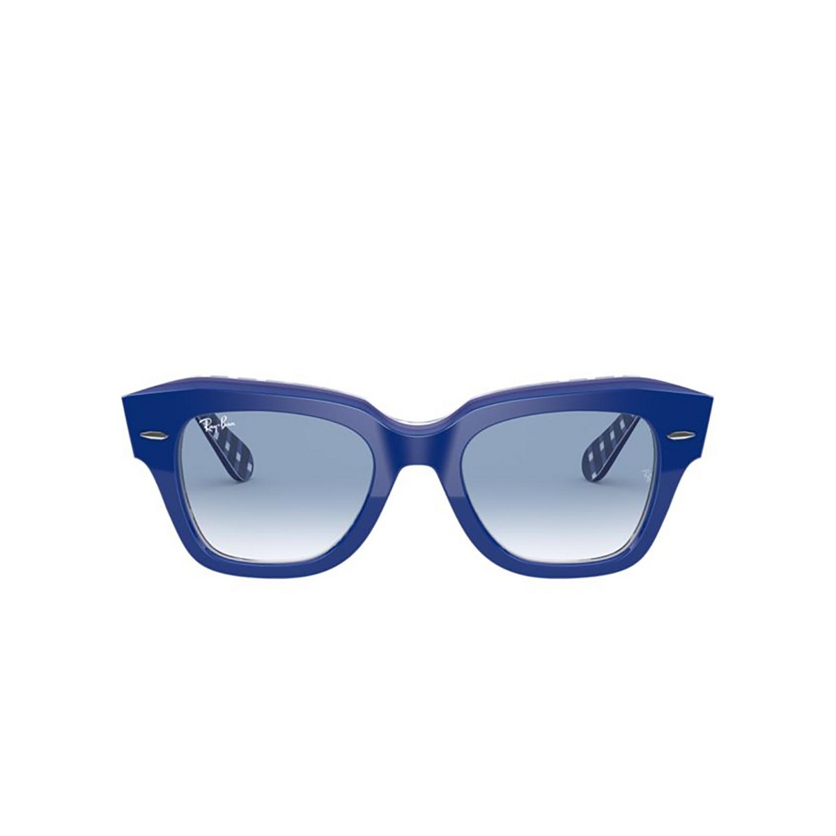 Ray-Ban® Square Sunglasses: State Street RB2186 color Blue On Vichy Blue / White 13193F - 1/3.