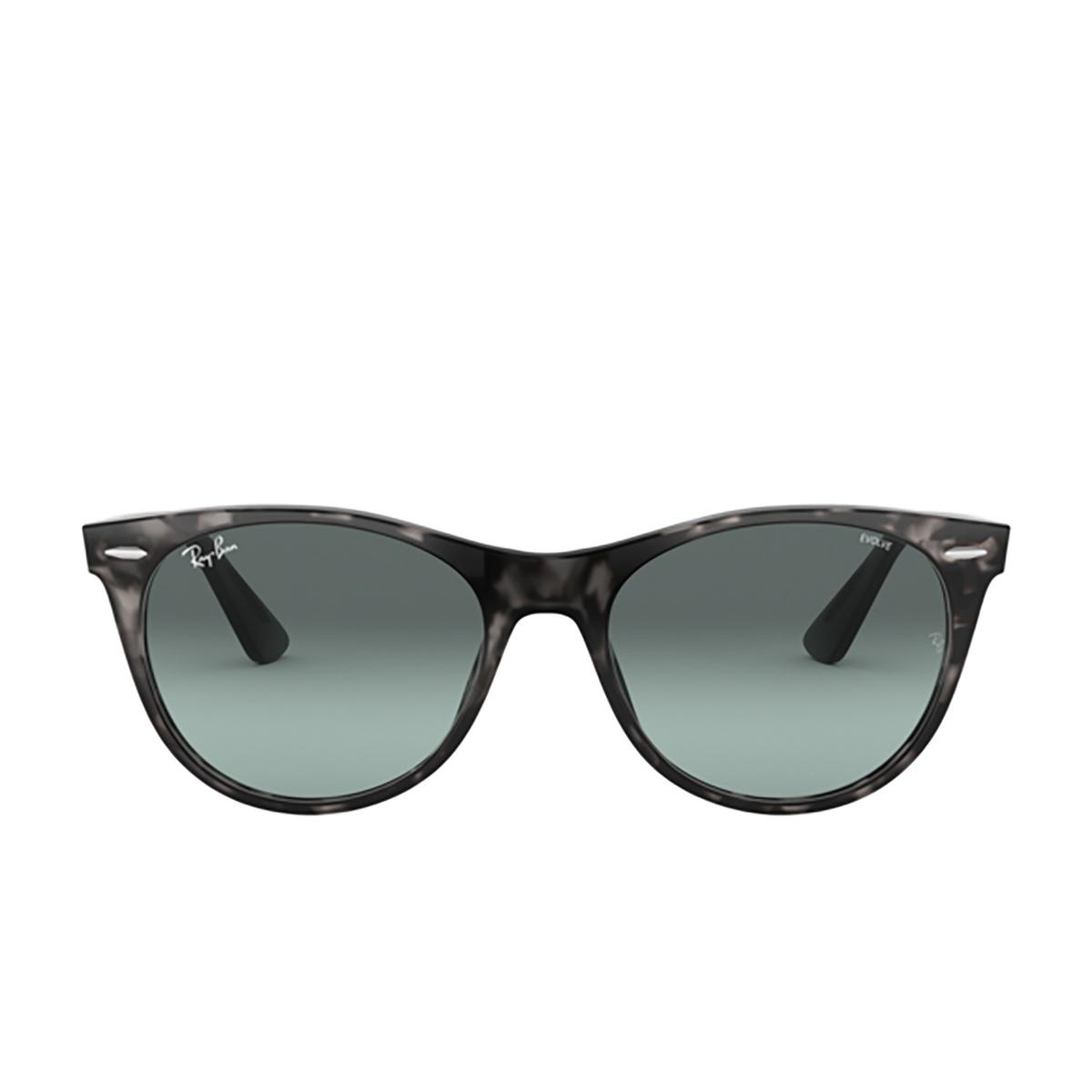 Ray-Ban® Square Sunglasses: Wayfarer Ii RB2185 color Grey Havana 1250AD - front view.
