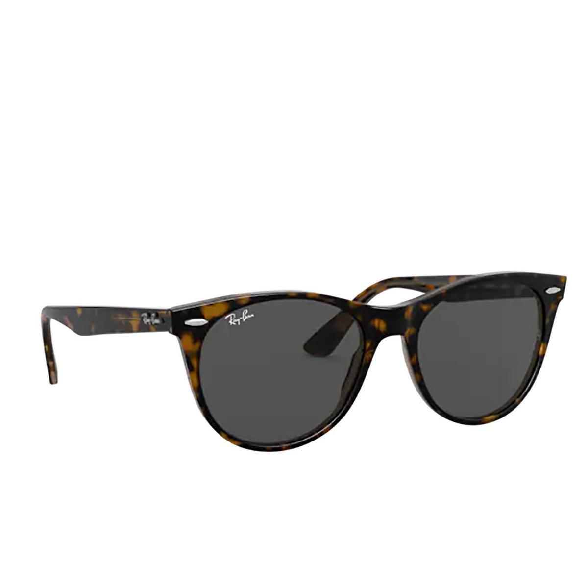 Ray-Ban® Round Sunglasses: Wayfarer Ii RB2185 color Havana On Transparent Light Bro 1292B1 - three-quarters view.