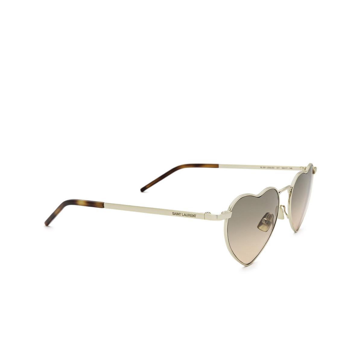 Saint Laurent® Irregular Sunglasses: Loulou SL 301 color Gold 011 - three-quarters view.