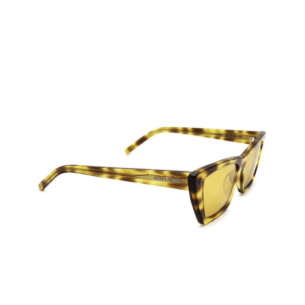 Saint Laurent® Cat-eye Sunglasses: Mica SL 276 color Havana 022 - three-quarters view.