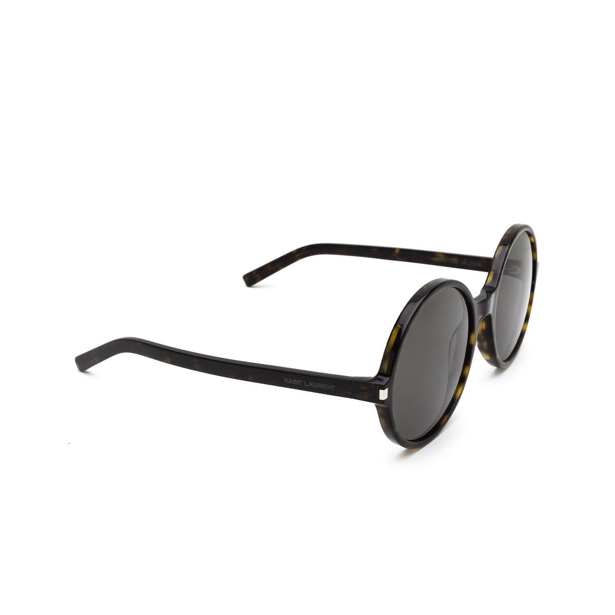 Saint Laurent® Round Sunglasses: SL 450 color Dark Havana 002 - three-quarters view.
