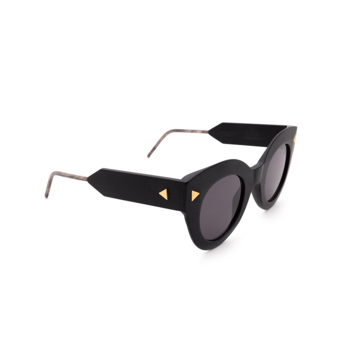 Soya® Cat-eye Sunglasses: Alma color Matte Black Bkm-fs - three-quarters view.