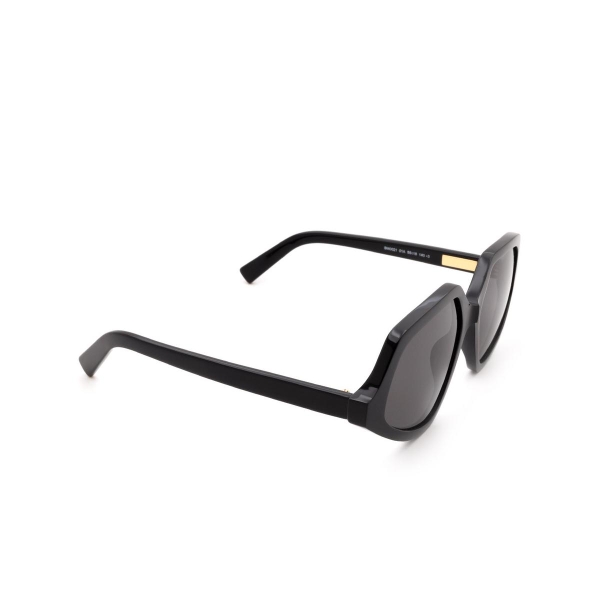 Sportmax® Irregular Sunglasses: SM0021 color Black 01A.
