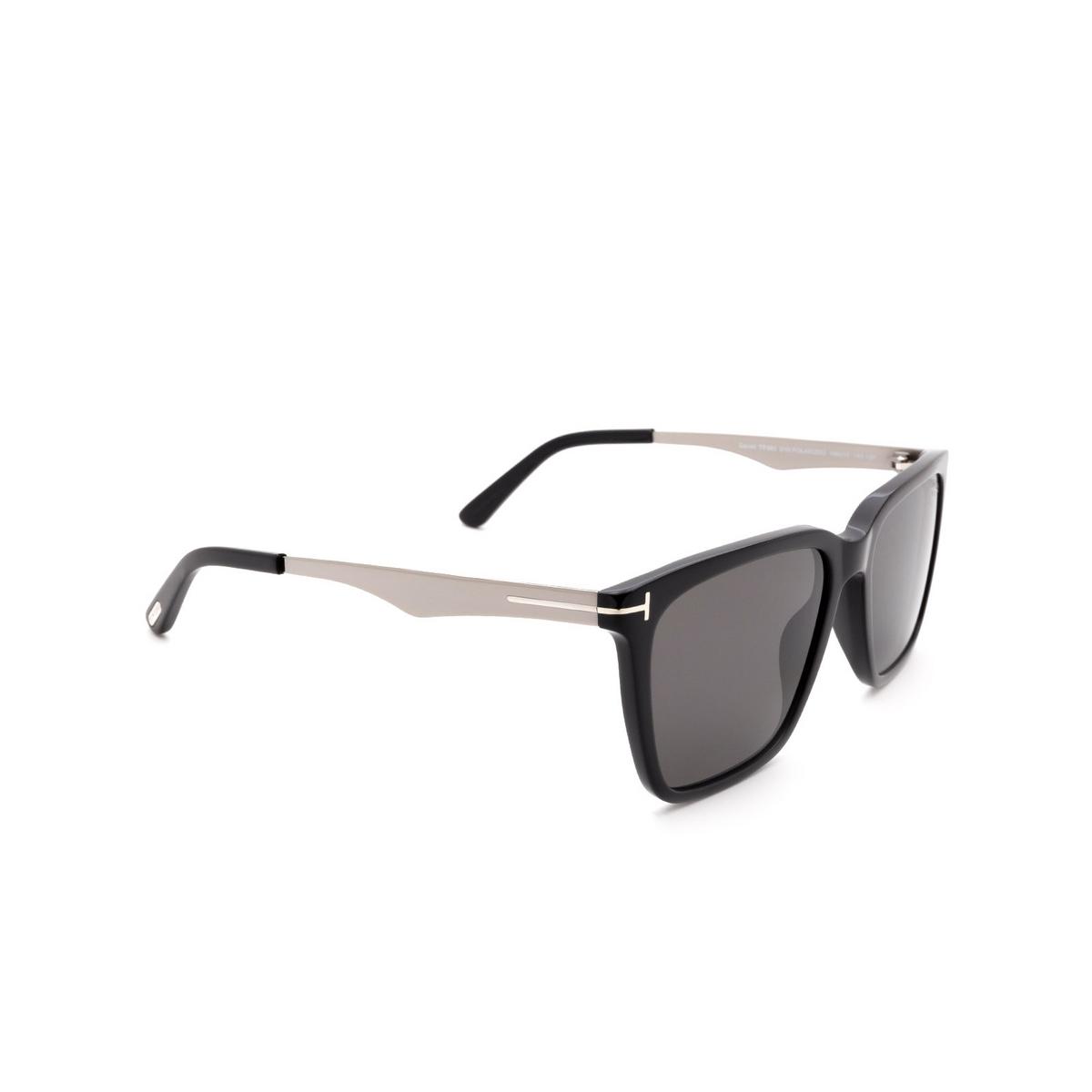 Tom Ford® Square Sunglasses: Garret FT0862 color Black 01D - three-quarters view.
