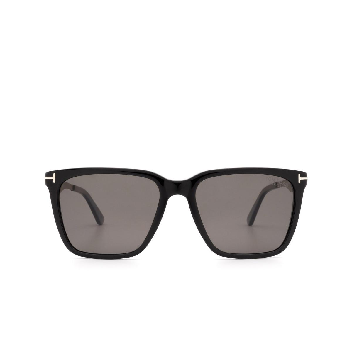 Tom Ford® Square Sunglasses: Garret FT0862 color Black 01D - front view.