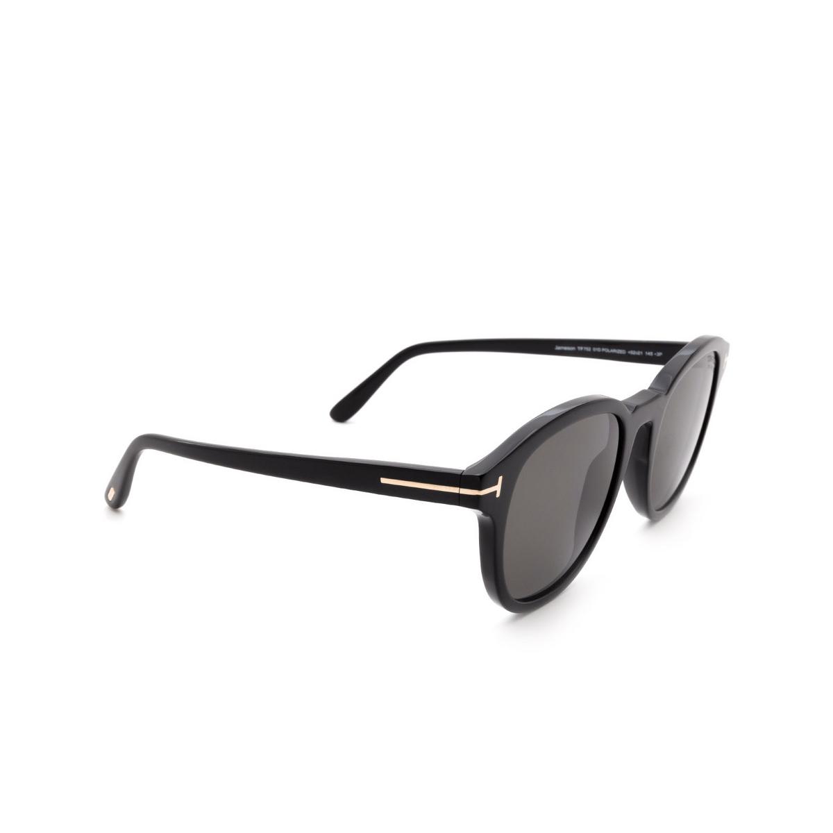 Tom Ford® Square Sunglasses: Jameson FT0752 color Black 01D - three-quarters view.