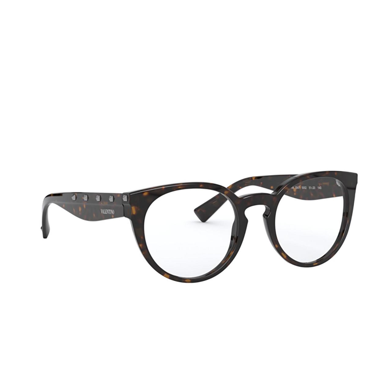 Valentino® Round Eyeglasses: VA3047 color Havana 5002 - three-quarters view.