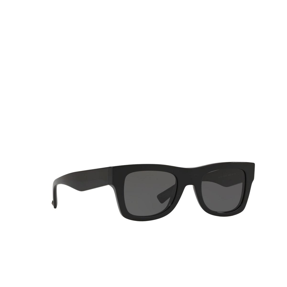 Valentino® Square Sunglasses: VA4045 color Black 500187.
