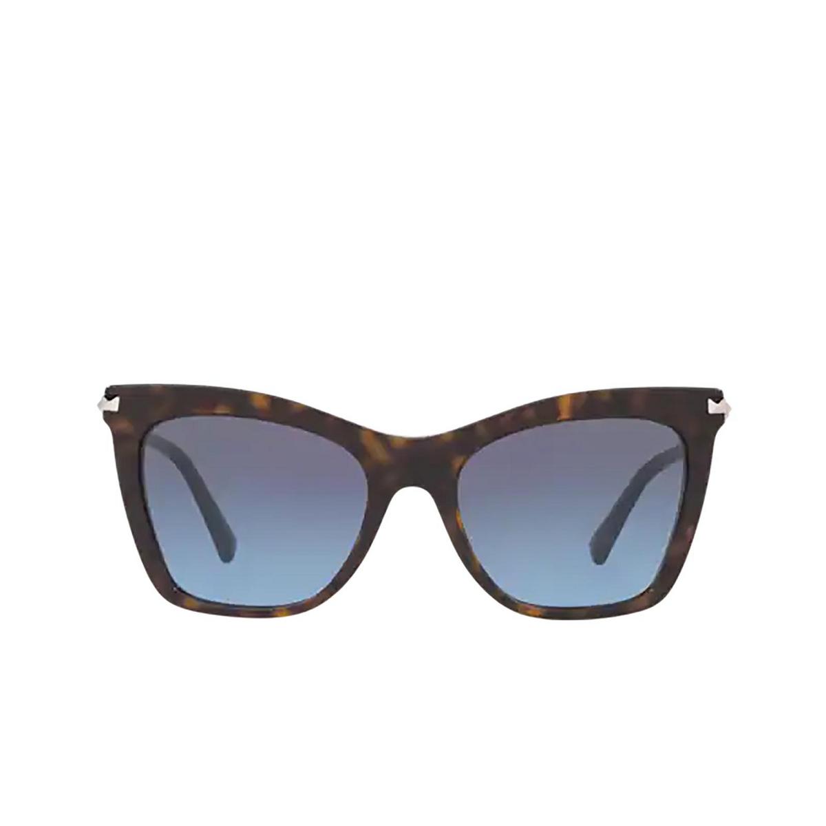 Valentino® Cat-eye Sunglasses: VA4061 color Havana 50028F - front view.