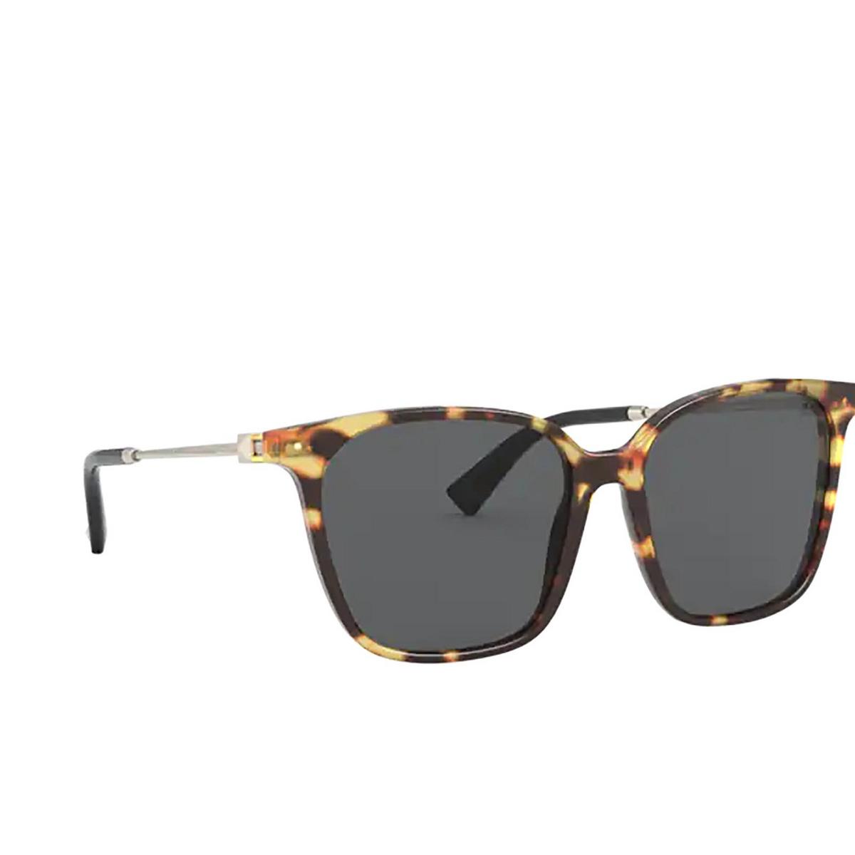 Valentino® Square Sunglasses: VA4078 color Havana 503687 - three-quarters view.