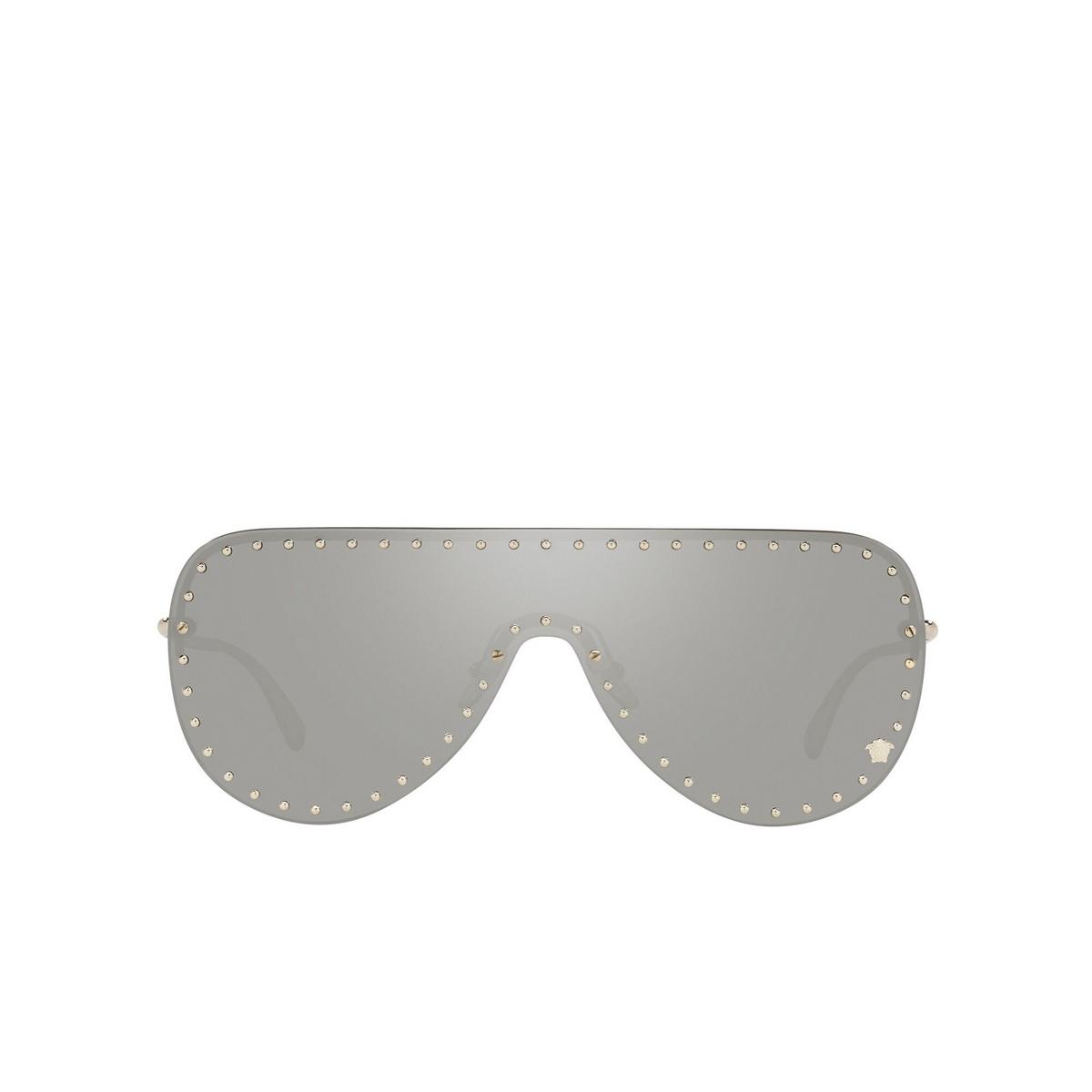 Versace® Mask Sunglasses: VE2230B color Pale Gold 12526G - front view.