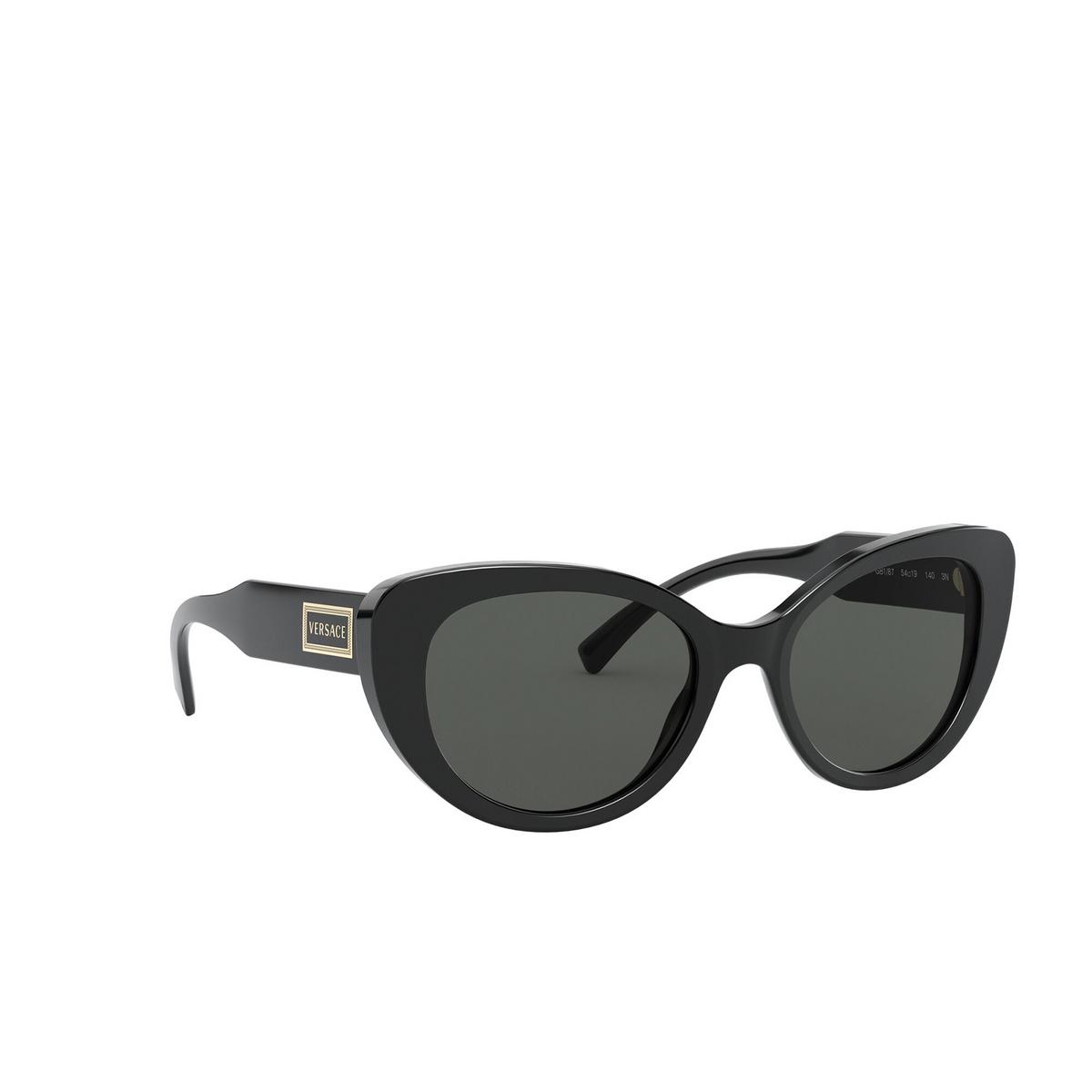 Versace® Cat-eye Sunglasses: VE4378 color Black GB1/87 - three-quarters view.
