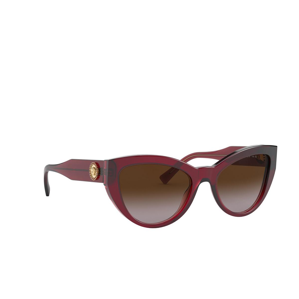 Versace® Cat-eye Sunglasses: VE4381B color Transparent Red 388/13 - three-quarters view.