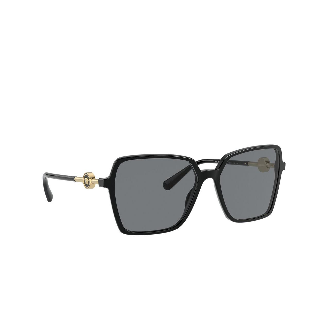 Versace® Square Sunglasses: VE4396 color Black GB1/87 - three-quarters view.