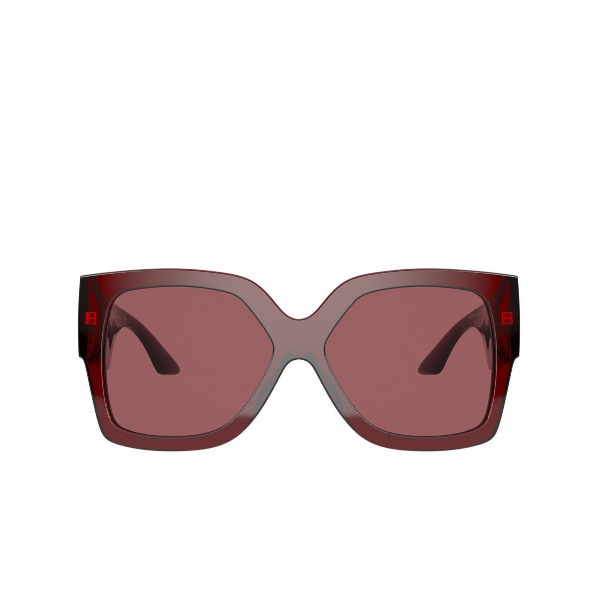 Versace® Square Sunglasses: VE4402 color Transparent Red 388/69 - front view.