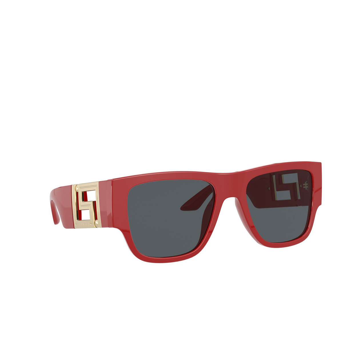 Versace® Square Sunglasses: VE4403 color Red 534487 - three-quarters view.
