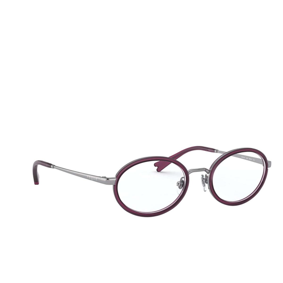 Vogue® Oval Eyeglasses: VO4167 color Gunmetal 548 - three-quarters view.