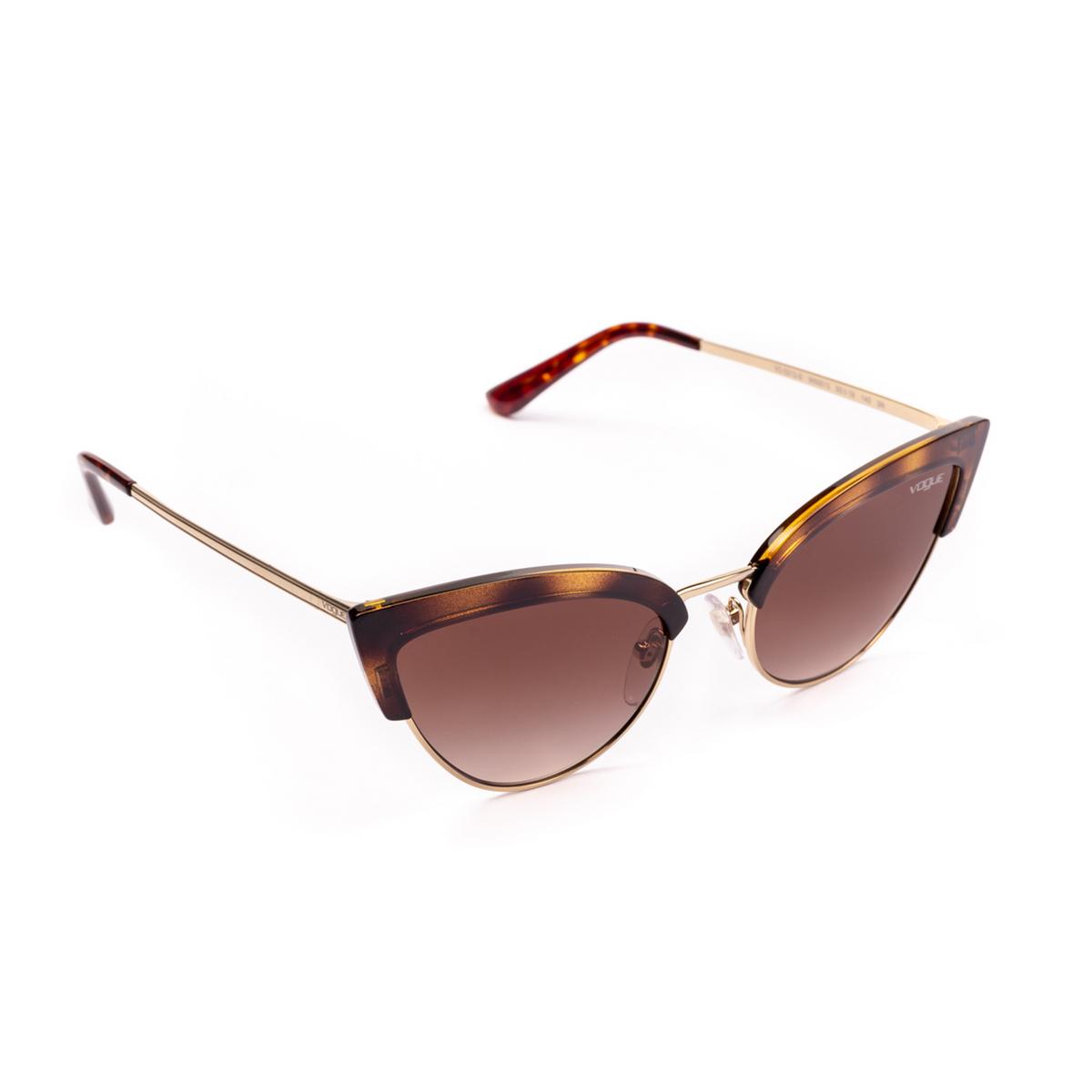 Vogue® Cat-eye Sunglasses: VO5212S color Top Dark Havana / Pale Gold W65613 - three-quarters view.