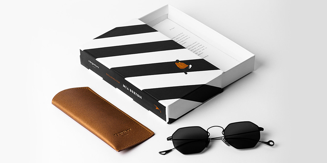 Special-packaging-for-Eyepetizer-Claire-X-Mia-Burton-sunglasses