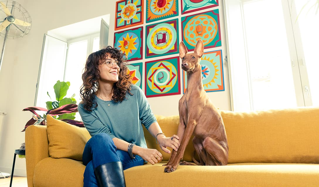 ginevra-restorer-with-cirneco-dell-etna-dog